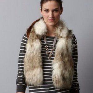 Ann Taylor LOFT Cropped Faux Fur Vest